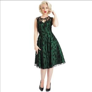 Voodoo Vixen Emerald and Onyx Lace Cocktail Dress
